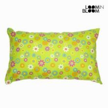 Cuscino primavera verde by Loomin Bloom